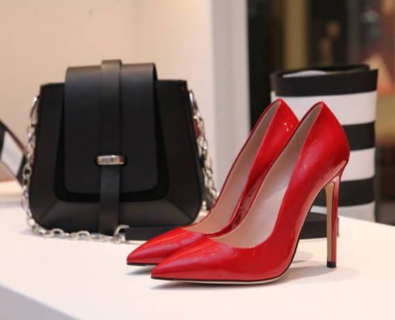 buty do sukienki w kolorze pudrowy róż