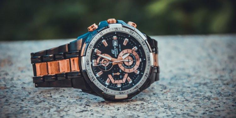 bransoleta w zegarku